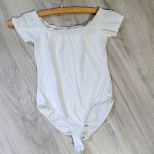 Hearts & Hips bodysuits white size small